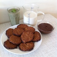 Breakfast Smoothie, Almond Milk, Oatmeal Cookies and Cacao Hazelnut Spread
